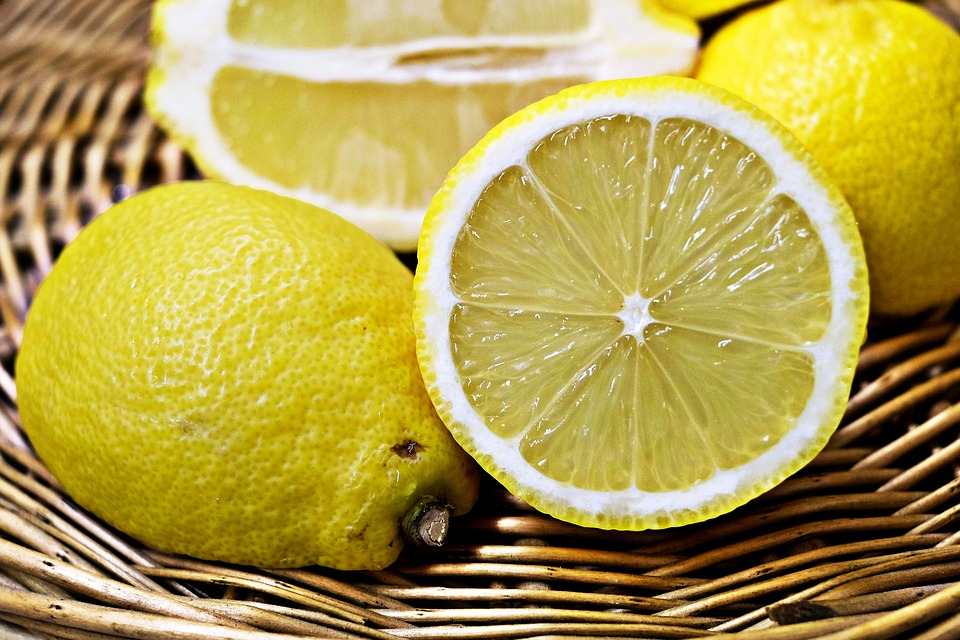 lemons-1132558_960_720.jpg